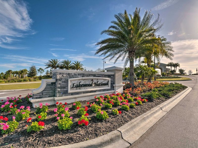 Ultimate Golfer's  Paradise Awaits You, vacation rental in Lakewood Ranch