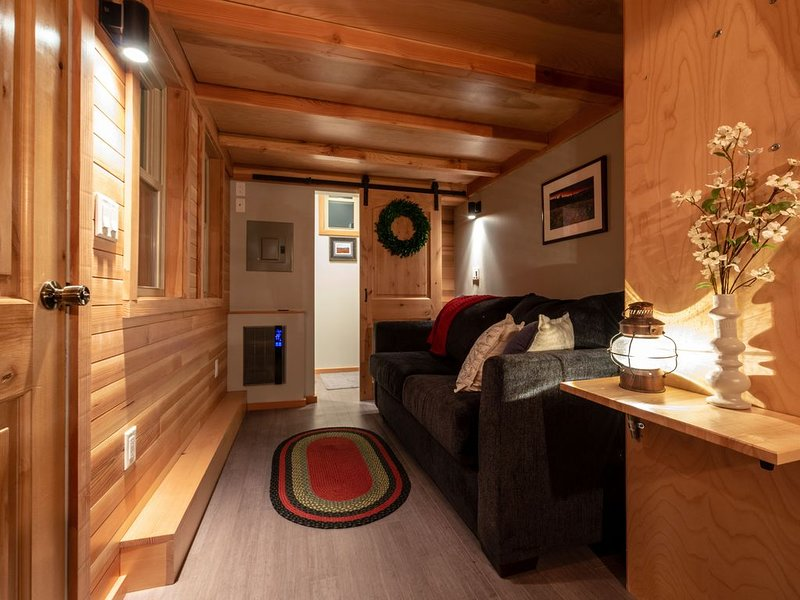 'Try on' Tiny Home Living at Tiny Timbers Resort., casa vacanza a Del Norte