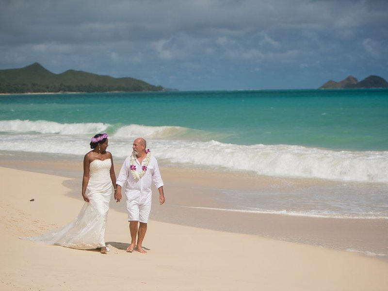 WHOLE HOUSE-WEDDINGS, REUNIONS, SPECIAL OCCASIONS OR JUST BECAUSE, location de vacances à Silver Sands