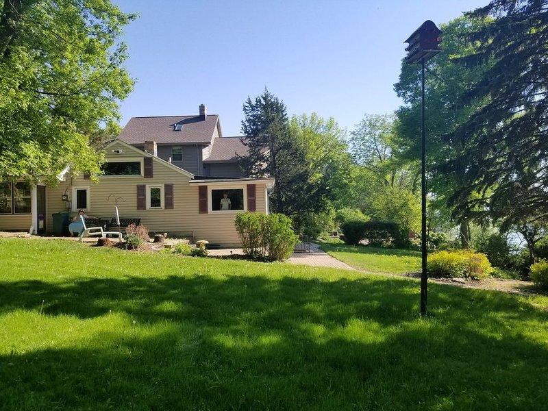 Beautiful Lake Winnebago property Monthly, vacation rental in Chilton