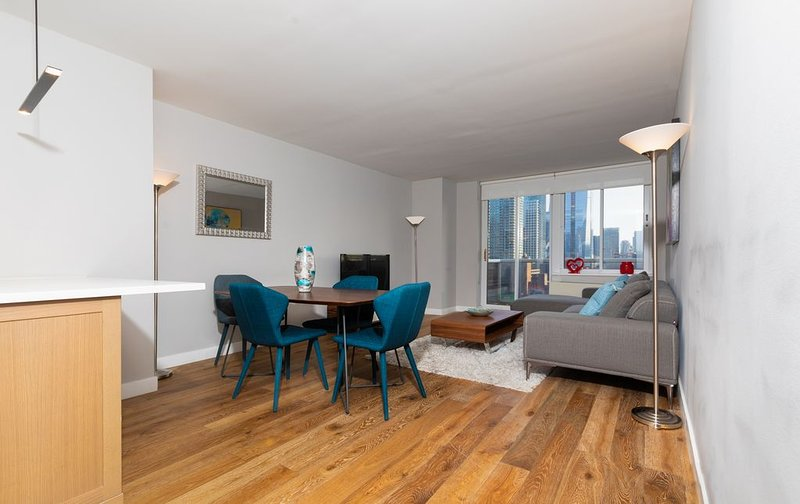 Hell's Kitchen Luxury 1Bed/1Bath Next to Times Square, vacation rental in Weehawken