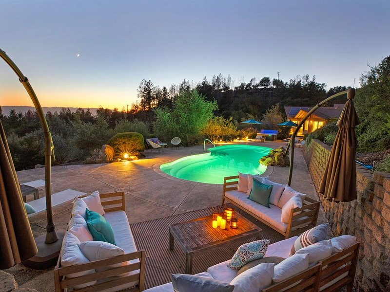 Your Wine Country Mountainside Home, location de vacances à Glen Ellen