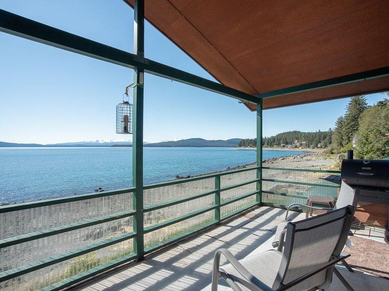 Private beach front apartment in Auke Bay, casa vacanza a Juneau