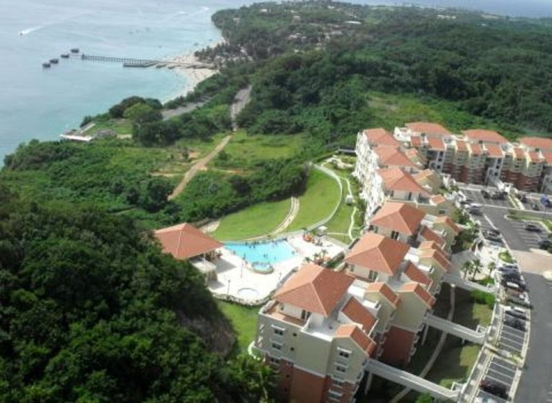 Relaxing Getaway 2/2 Ocean View Full ~AC~ Wi-Fi,Puerta del Mar Aguadilla, vacation rental in Aguadilla