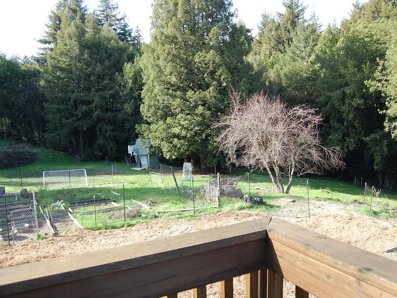 The Hayloft House at Rancho Rincon Organic Farm, alquiler de vacaciones en Ben Lomond