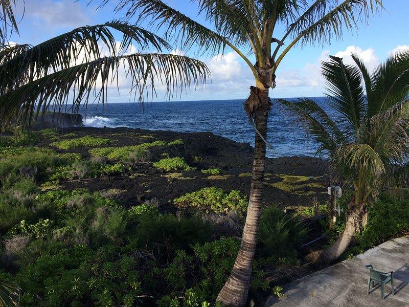 Spectacular Ocean Front Paradise Coast, vacation rental in Keaau