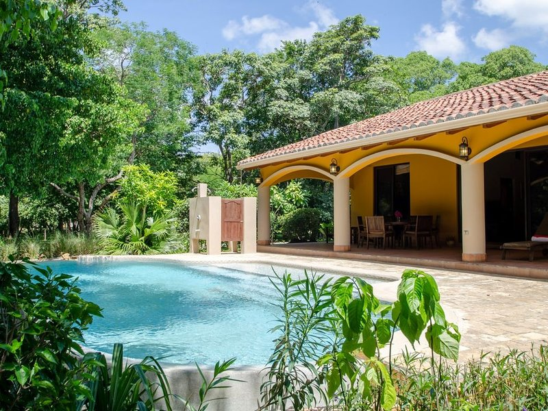 Casa la Selva - The Jungle House, * Colorados & Panga Drops Surf Breaks, vacation rental in Playa Gigante