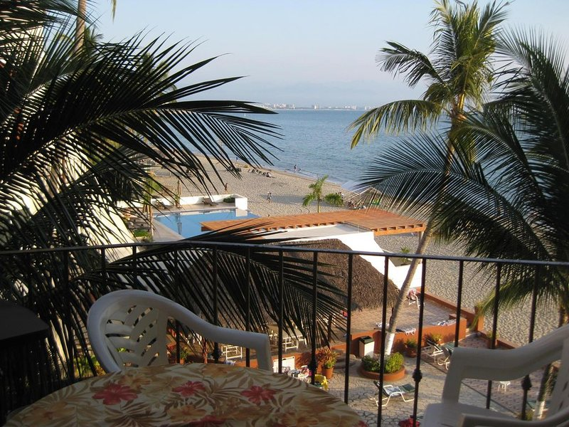 Beach Front Condo with Ocean View, location de vacances à Bucerias