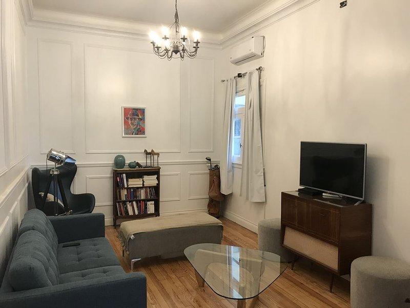 Great old Classic appartment in San Telmo, BA, alquiler de vacaciones en Avellaneda