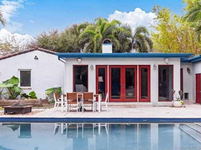 Sanctuary, a short drive from Beach or Downtown, location de vacances à Miami Shores