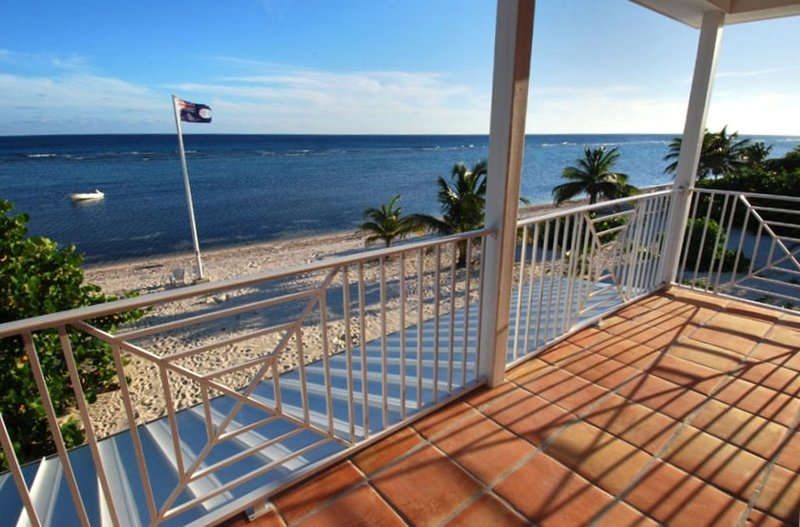 Little Cayman Beach House - Tranquil Charming Secluded, Ferienwohnung in Little Cayman