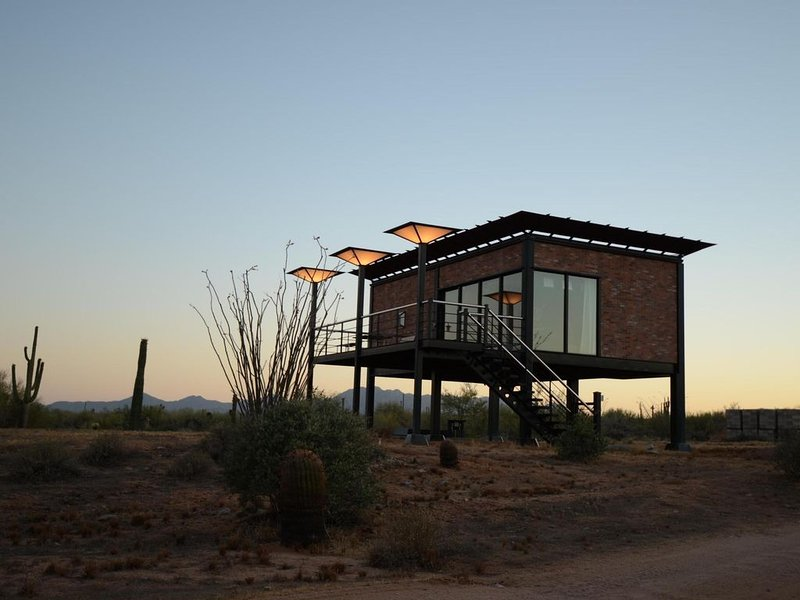 Phoenix/Scottsdale Casita Retreat - Enjoy the Peace of the High Sonoran Desert, aluguéis de temporada em Rio Verde