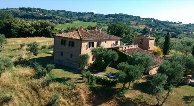 Traditional Tuscan farmhouse with stunning views – semesterbostad i Siena