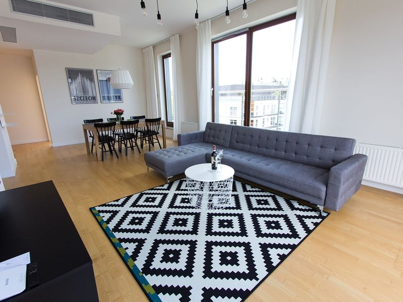 Luxurious Penthouse Misdroy (Miedzyzdroje) Poland Seaside (Western Pomerania), holiday rental in Wolin