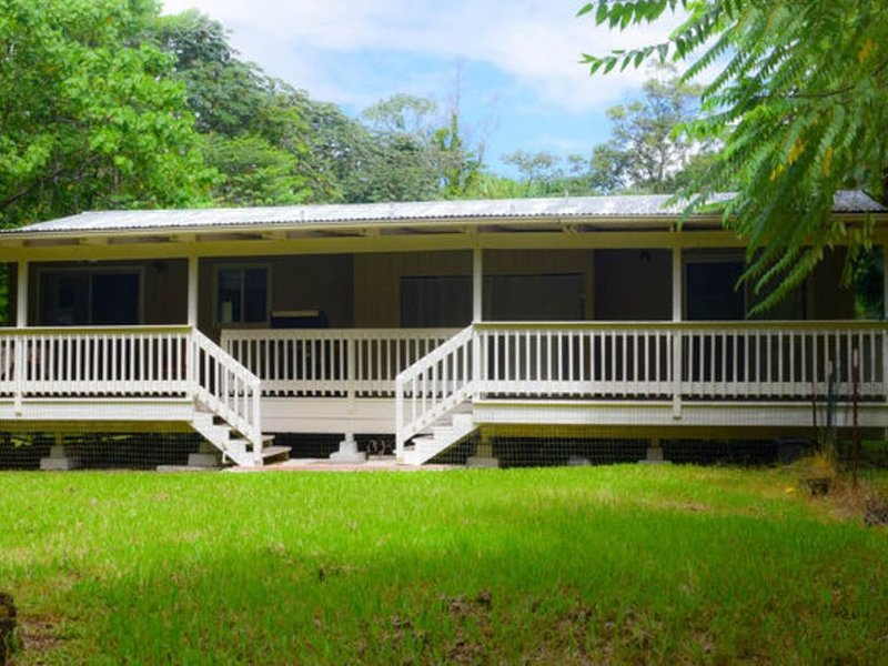 Tropical Forest Retreat Near Ocean - Ho'ohauoli, vacation rental in Kapoho