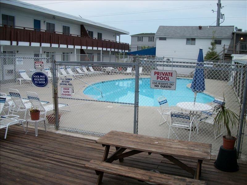 4 BR, Bayside, Steps to Beach, Swimming Pool, Tennis Courts, alquiler de vacaciones en Dewey Beach