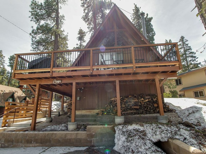Cozy cabin close to Fisher Cove & Boulder Bay - short drive to ski!, location de vacances à Cherry Valley