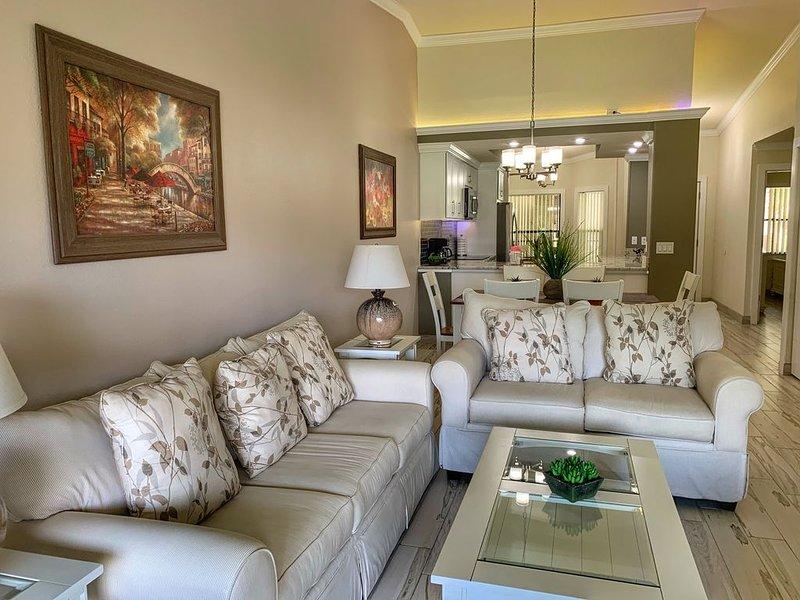 Beautifully furnished condo, vacation rental in Bradenton