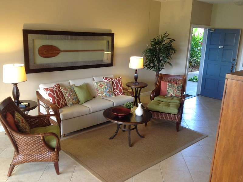 'LIVE ALOHA' -Ocean View -Steps to Beach & Pool -Ground Level, Ferienwohnung in Koloa