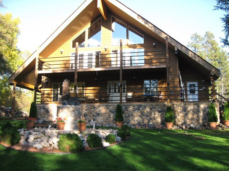 INDULGE IN THE GOOD LIFE, holiday rental in Manitoba
