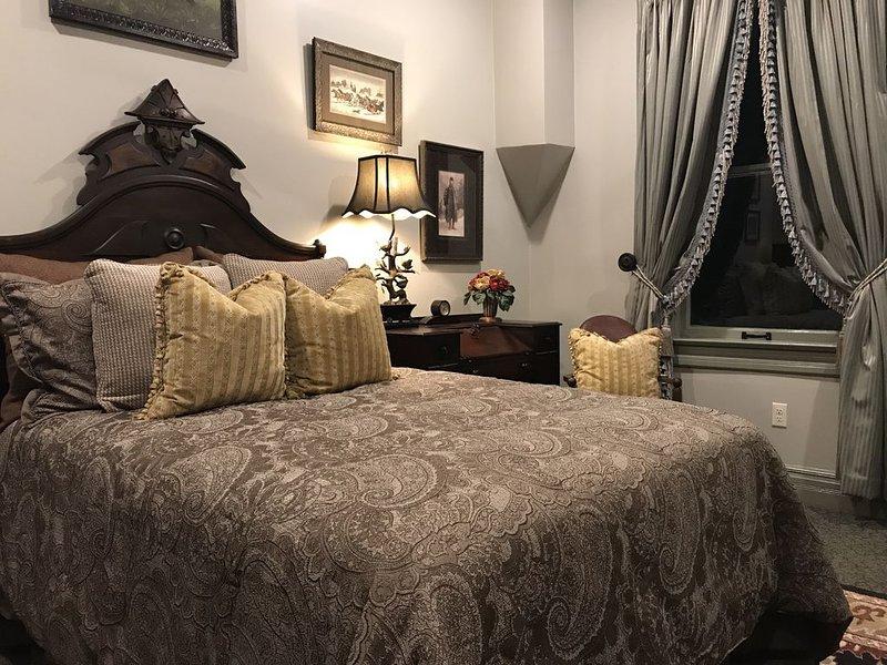 Historic Silverton Lodge: Allen Nosseman Suite, vacation rental in Silverton