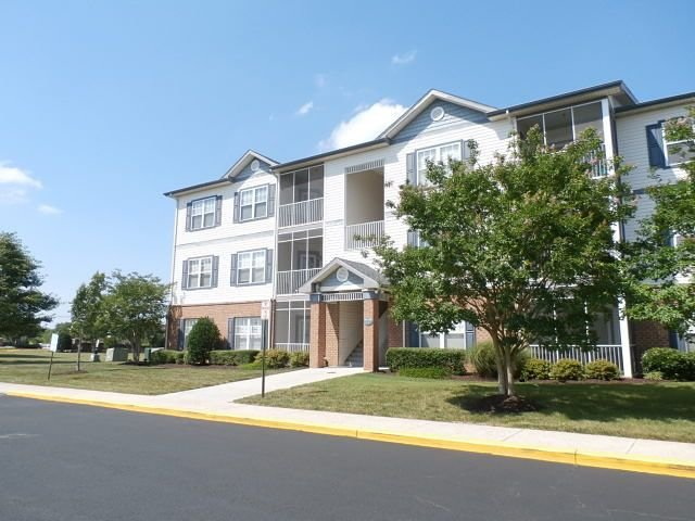 Unit 4201 - 2nd Floor Condo in the Villages at Five Points., holiday rental in Harbeson