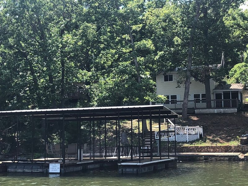No Wake Cove House with Private Dock 3 bed/2 bath, holiday rental in Stover