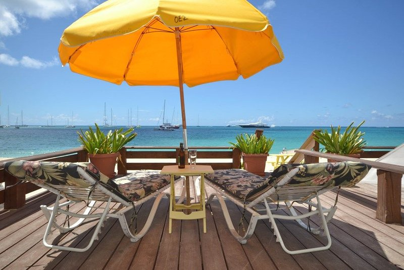 Beachfront, Ground Floor, Affordable...crystal clear water, vacation rental in Simpson Bay