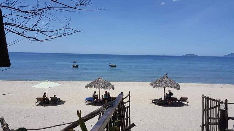Nanu s Private Entire BeachSide House, alquiler vacacional en Hoi An