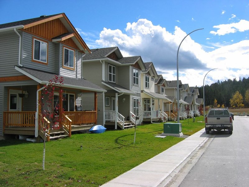 VACATION DESTINATION - INVERMERE B.C., holiday rental in Invermere