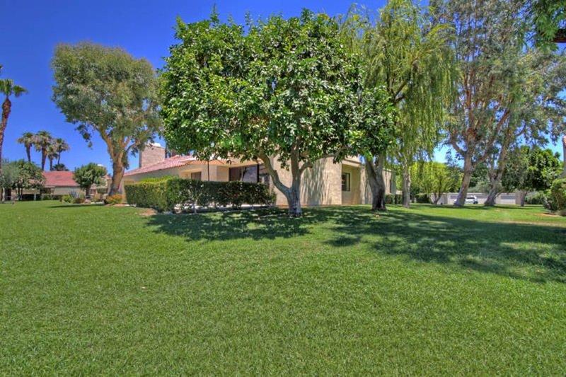Mission Hills 2 BR/2 BA Tennis Villa - Beautiful Remodel!, holiday rental in Rancho Mirage