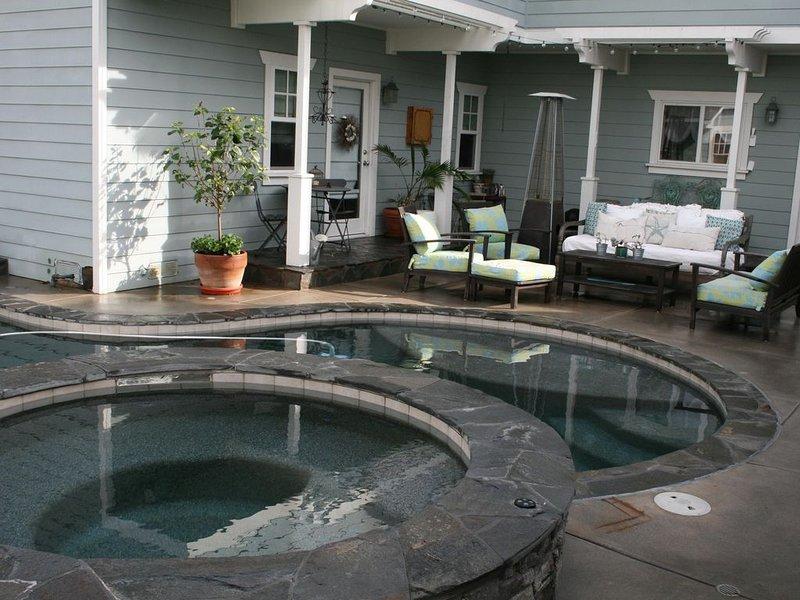 Vie au bord de la piscine
