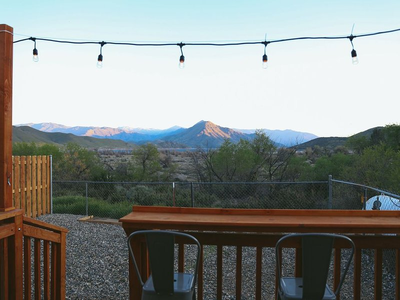Lakeview Terrace Cal King Studio!, vacation rental in Kernville