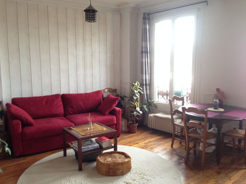 Welcome Home! Cozy, bright, parkside, casa vacanza a Montreuil