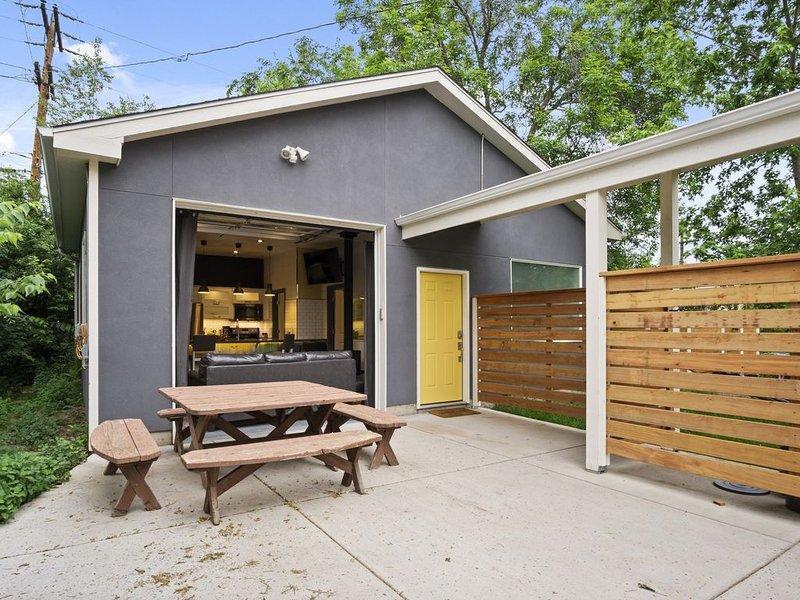 Discounted Brand New Listing: The Oldshop Carriage House, private yard, Denver., aluguéis de temporada em Lakeside