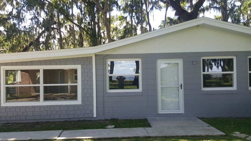 Lake Harris Siesta Hideaway, vacation rental in Leesburg