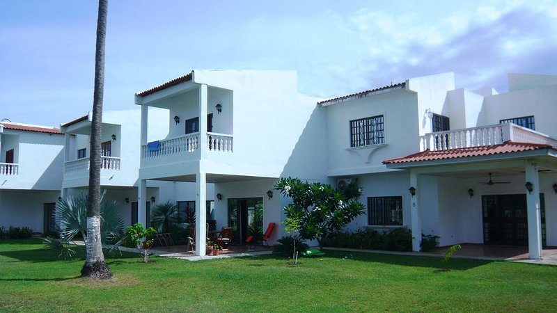 Duplex house to rent with swimming pool, holiday rental in Herrera Province