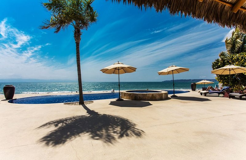 Rest and Relaxation at La Vida in Beautiful Bucerias!, holiday rental in Bucerias