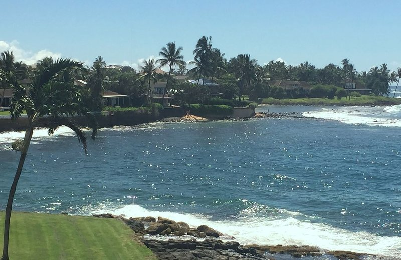 Panoramic Oceanfront View, Condo with New Air Conditioning and Large Lanai, alquiler de vacaciones en Hanapepe