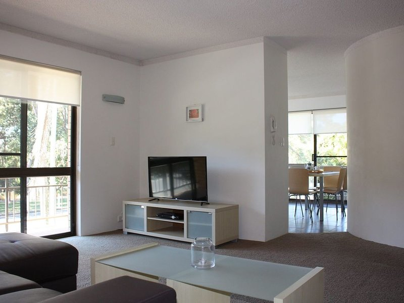 Close to Surf Beach, Surf Club, Hotel and Shops - Boyd St, Woorim, alquiler de vacaciones en Woorim