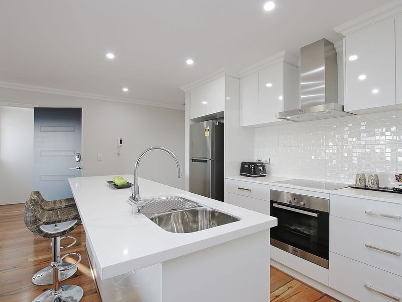 Sapphire Blue Apartment Close to Perth & Fremantle, casa vacanza a Como