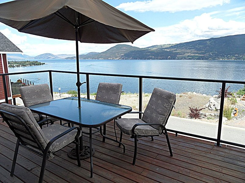 Family Paradise Cottage - Lake Views at La Casa Lakeside Cottage Resort, vakantiewoning in South Fintry