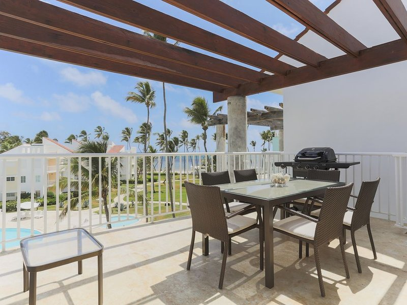 Playa Turquesa K403, Private Beach Access, BBQ, Private Roofdeck, alquiler de vacaciones en Punta Cana