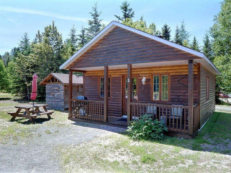 Magnifique chalet à Val-David - Maison en rondins # 5, alquiler de vacaciones en Chertsey