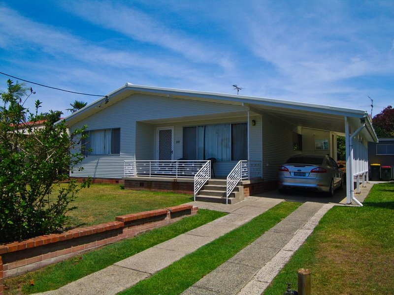 Billy's on Main, 44 Main Street,, holiday rental in Kempsey