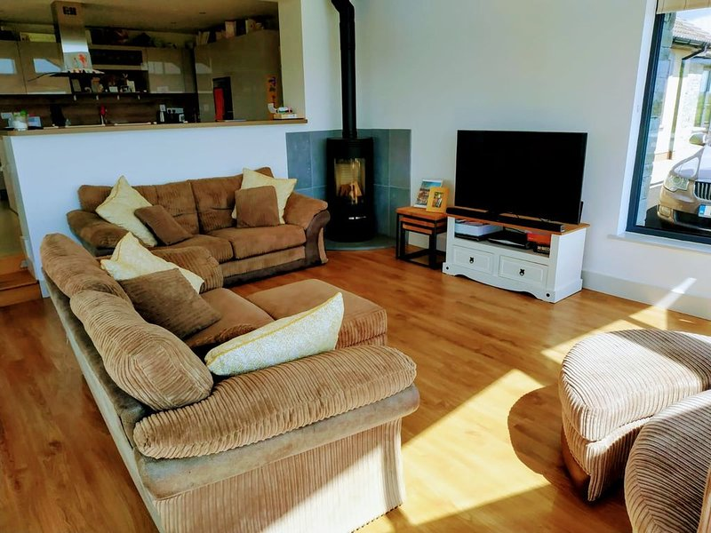 Bungalow Atlantic views, holiday rental in Rosscarbery