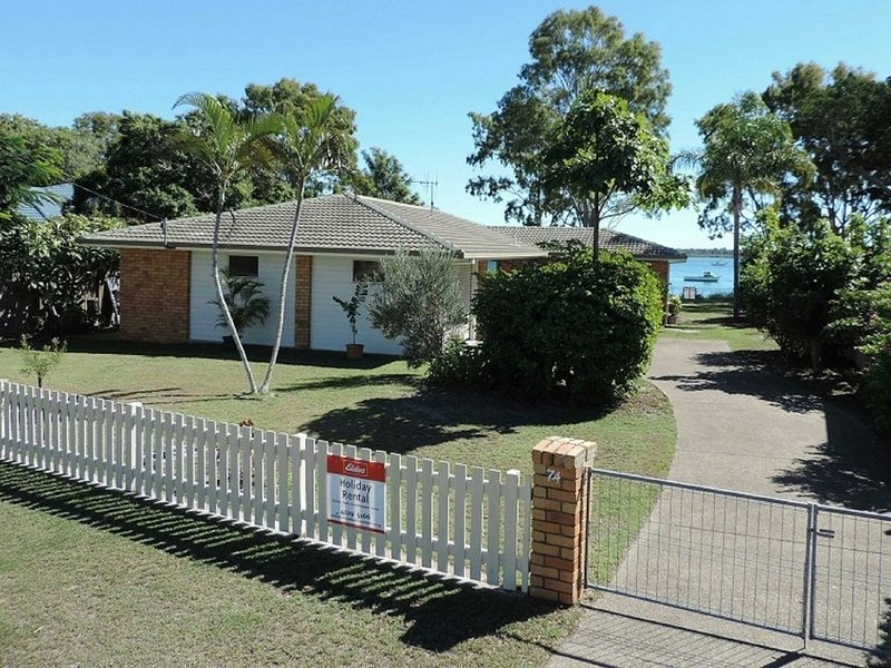 Conway - Burrum Heads- Riverfront - 3BR- Aircon-Pets Welcome, holiday rental in Burrum Heads