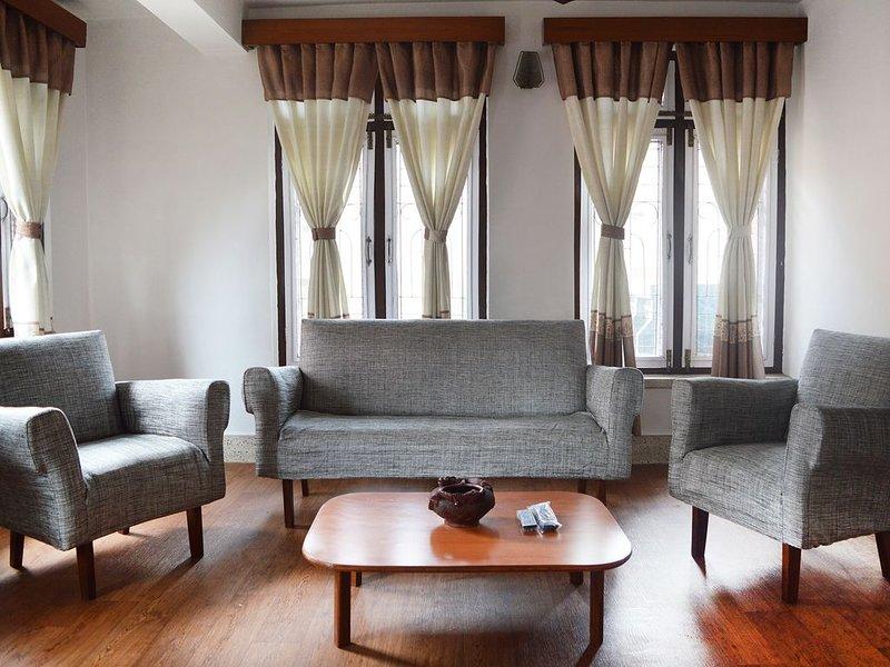 Thamel < 5 min walk 2BHK (Shanti Apartment), holiday rental in Nagarjun