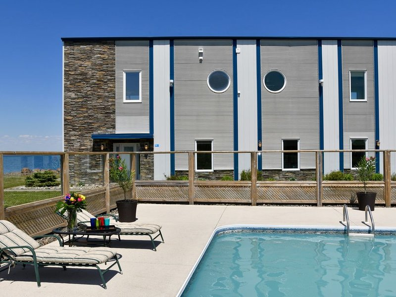 Shediac Ultimate Beach Villa, holiday rental in Moncton