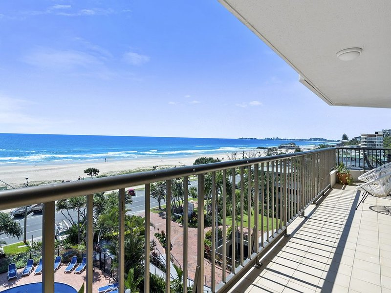 The Rocks Resort, Unit 5D, vacation rental in Currumbin